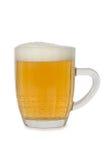 Vers bier in een mok Stock Foto