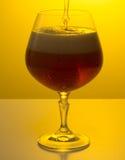 Vers bier met schuim in een glas Royalty-vrije Stock Foto's