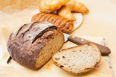 Vers brood en baksel Royalty-vrije Stock Afbeeldingen