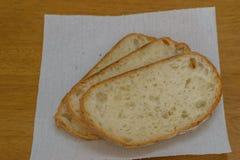 Vers brood op houten lijstachtergrond Royalty-vrije Stock Foto