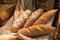 Vers brood op lijst in buffet royalty-vrije stock afbeeldingen