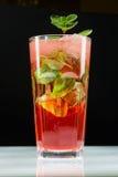 Vers de limonadeclose-up van de munt koud aardbei Stock Foto