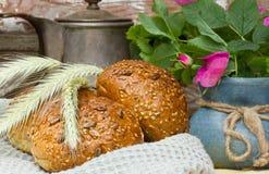 vers eigengemaakt graanbrood Royalty-vrije Stock Afbeeldingen