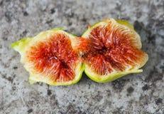 Vers fig. sneed open tonend het vlees en de zaden binnen, Spanje Royalty-vrije Stock Afbeelding