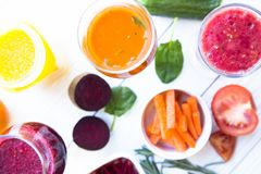 Vers fruit en plantaardige smoothie Stock Foto