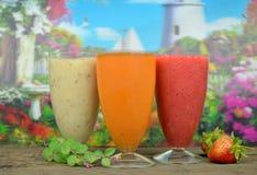 Vers fruit smoothies Royalty-vrije Stock Afbeeldingen