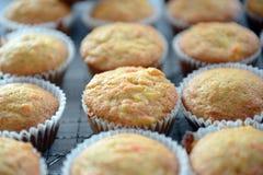 De eigengemaakte Muffins van de Ananas van de Wortel Royalty-vrije Stock Foto's