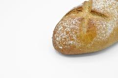 Vers gebakken vers en heerlijk traditioneel roggebrood stock afbeelding