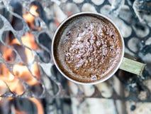 Vers gebrouwen zwarte koffie royalty-vrije stock foto