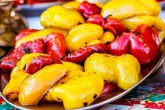 Vers gekookte geroosterde groenten, tomaten, paddestoelen, aubergine royalty-vrije stock afbeeldingen