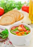 Vers gemaakte gezonde groentesoep Royalty-vrije Stock Afbeeldingen