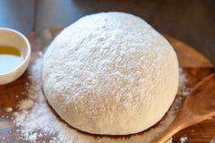 Vers huisbrood in het maken Stock Afbeelding