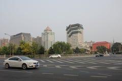 Vers le bas la vue en se tenant sur le pont de TAORAN dans Peiking images stock