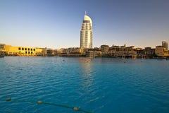 Vers le bas ville Dubaï images libres de droits