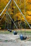 Vers le haut de la fin des oscillations en automne Photo stock