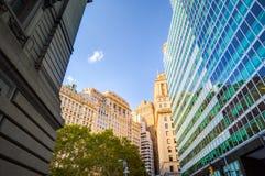 Vers le haut de la vue dans le secteur financier Image stock