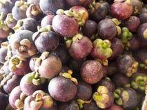 Vers mangostan Thais fruit in markt Thailand Royalty-vrije Stock Afbeeldingen