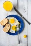 Vers ontbijt met eieren Stock Afbeeldingen