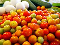 Vers Rood Cherry Tomatoes in de Mand royalty-vrije stock foto's