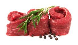 Vers Ruw Vlees met peper en rozemarijn Stock Foto