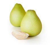 Vers sappig pompelmoesfruit stock afbeeldingen