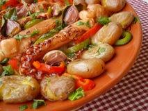 Vers Vissen Gastronomisch Diner - Voorraadbeeld royalty-vrije stock afbeeldingen