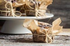 Vers voorbereide muffin klaar te eten Stock Foto