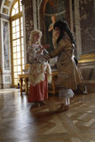 VERSAILLE FRANCE:  Historical reenactors at the Chateau de Versailles, the estate of Versaille was the home and court of Louis XIV Royalty Free Stock Photos