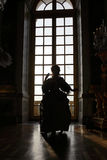 VERSAILLE FRANCE:  Historical reenactors at the Chateau de Versailles, the estate of Versaille was the home and court of Louis XIV Royalty Free Stock Photography
