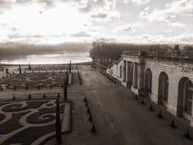 Versailles, Francja, pałac ziemie w sepiowym na zimy popołudniu Zdjęcie Royalty Free