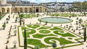 Versailles, Frankrijk - April, 2012: Tuinen van het Paleis van Versailles dichtbij Parijs, Frankrijk Royalty-vrije Stock Foto