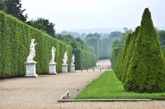 VERSAILLES FRANKRIKE Juni, 2013 slotten av Versailles är en kunglig chateau i Versailles, Frankrike Lista Paris för UNESCOvärldsa Royaltyfri Bild