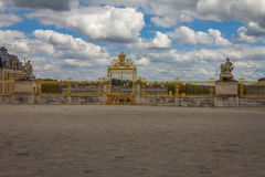 Versailles slottport Paris Frankrike Arkivbilder