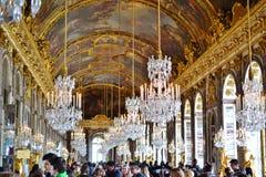 Versalhes, França: Jardins do palácio de Versalhes perto de Paris, França foto de stock