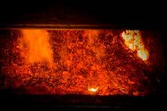 Versamento d'acciaio caldo in acciaieria Fotografie Stock Libere da Diritti