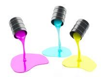 Verschüttete Farben-Dosen auf weißem Hintergrund Stockbilder