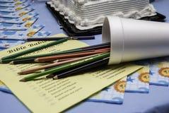 Verschüttete farbige Bleistifte Lizenzfreies Stockfoto