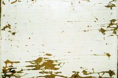Verschalen Sie mit einem alten und weißer Farbenschicht abziehen, Kopienraum Stockfotografie