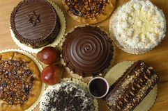 Verscheidene cakes op vertoning Royalty-vrije Stock Foto