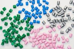 Verscheidene geverfte polymeerharsen Stock Foto's