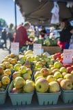 Verscheidenheid van Appelen voor Verkoop 2 Stock Foto