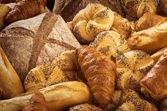 Verscheidenheid van brood Stock Afbeeldingen
