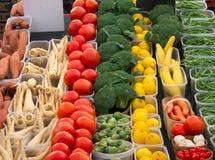 Verscheidenheid van Groenten bij Markt Royalty-vrije Stock Foto's
