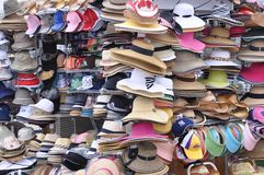 Verscheidenheid van hoeden stock afbeeldingen