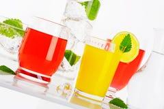 Verscheidenheid van koude dranken royalty-vrije stock afbeeldingen