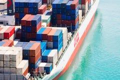 Verschepende Containers in Nieuw Zeeland Stock Foto