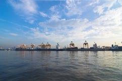 Verschepende haven Stock Afbeeldingen