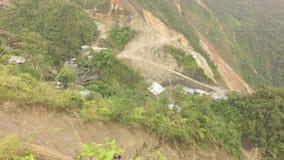 Verschieben über La Pangui-Golderforschungs-Standort stock footage