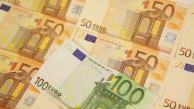 Verschieben um Eurobargeld stock footage