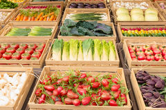 Verschieden vom Gemüse und von der Frucht lizenzfreie stockfotografie